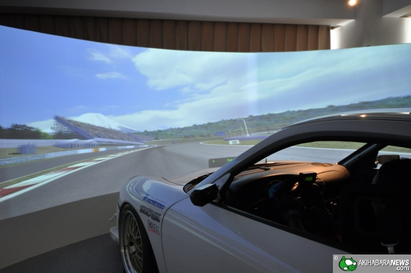 Porsche 996 GT3 stripped and outfitted to create a virtual simulator -