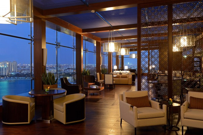 The Ritz-Carlton Abu Dhabi, Grand Canal Club Lounge