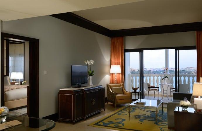 The Ritz-Carlton Abu Dhabi, Grand Canal Executive Suite