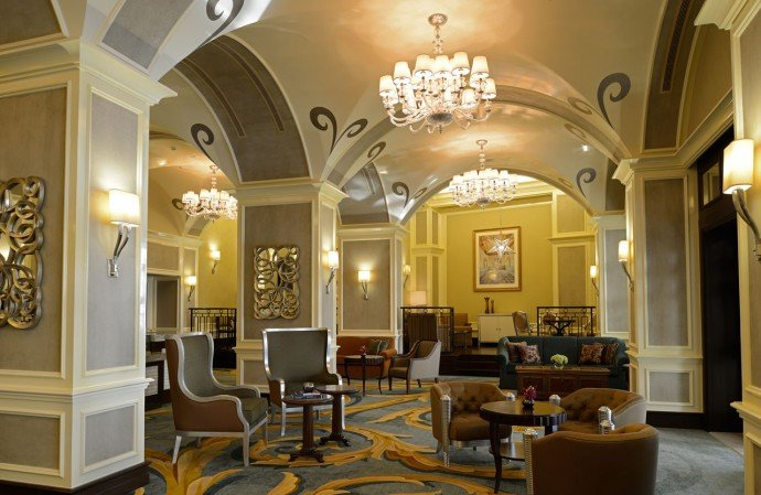 The Ritz-Carlton-auh-Alba-Lobby Lounge