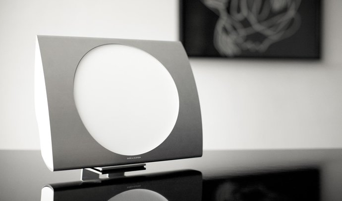 bang-olufsen-beoplay-wireless-speakers-2