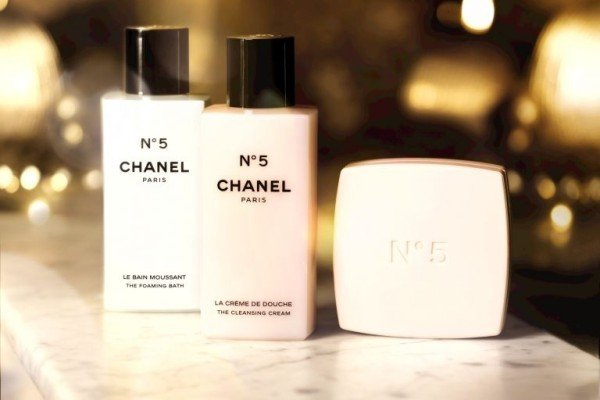 chanel-no5-bath-products-1