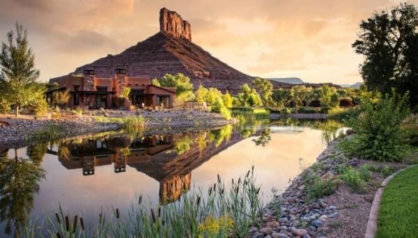 colorado-canyon-landscapes-luxury-car-8