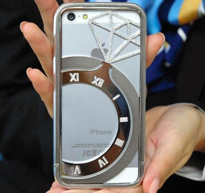 diamond-studded-iphone-case