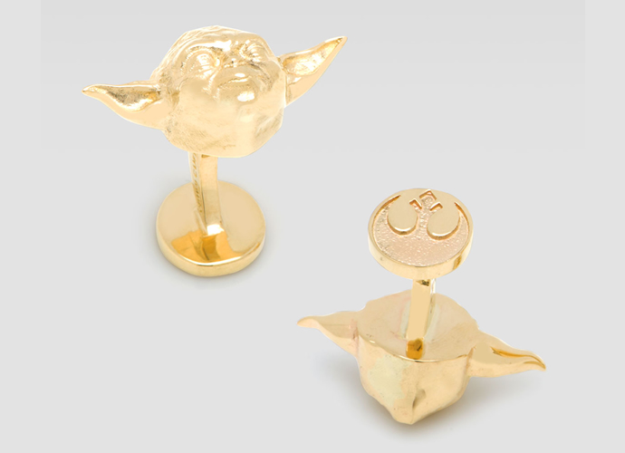 gold-darth-vader-and-yoda-cufflinks-3