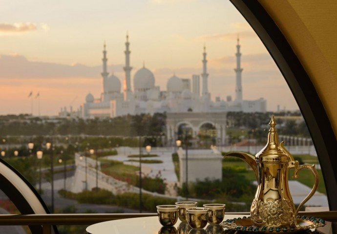 ritz-abu-dhabi-grand-mosque-view