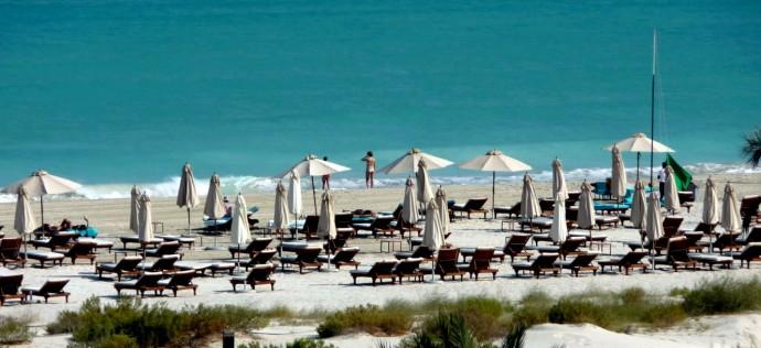 st-regis-saadiyat-beach
