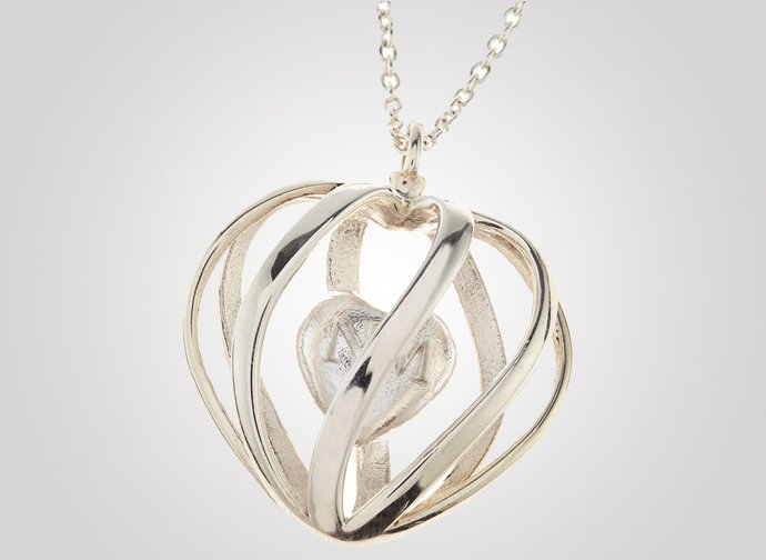 3d-printed-silver-heart-pendant-necklace-2
