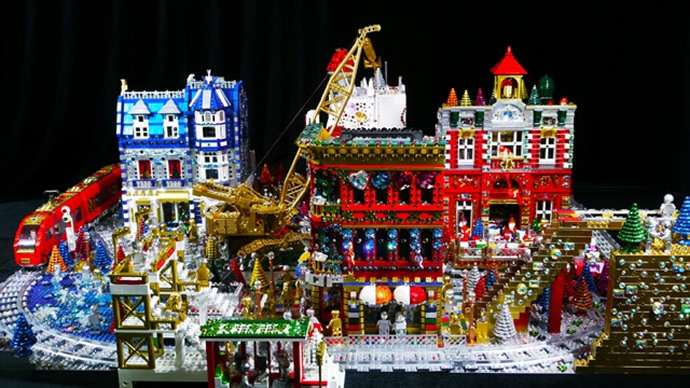 Holiday-Town-1