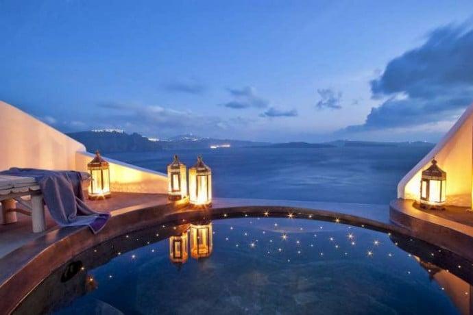 adronis-luxury-suites-2