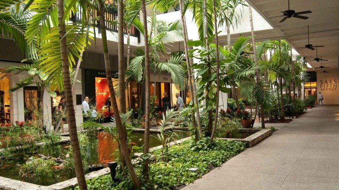Bal Harbour, interior luxury retail, tropical fish pond