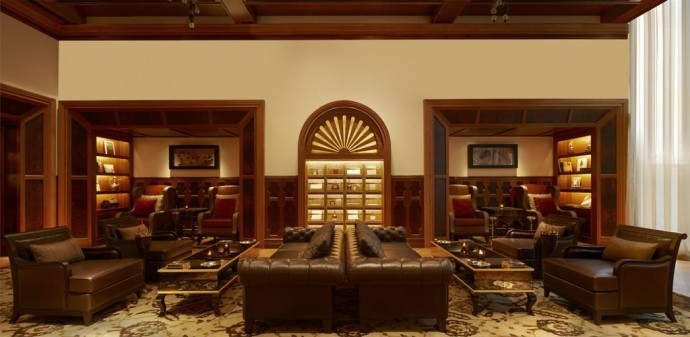 cigar-lounge