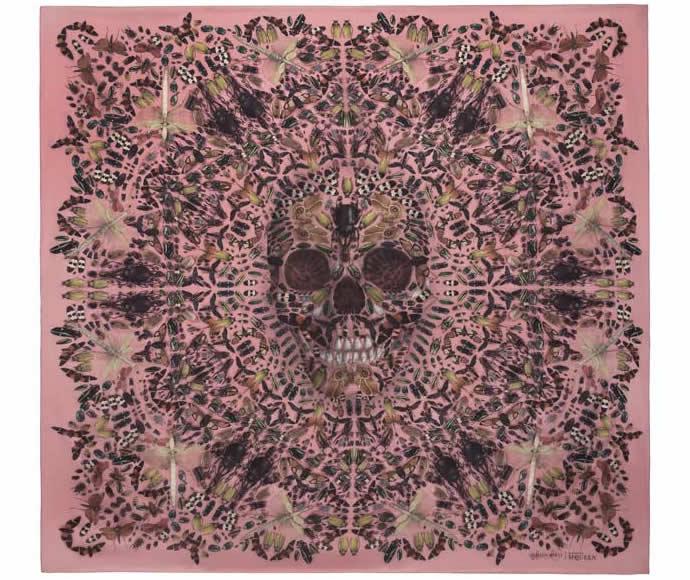 damien-hirst-alexander-mcqueen-skull-scarf-2