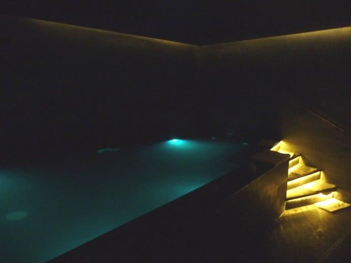dead-sea-pool