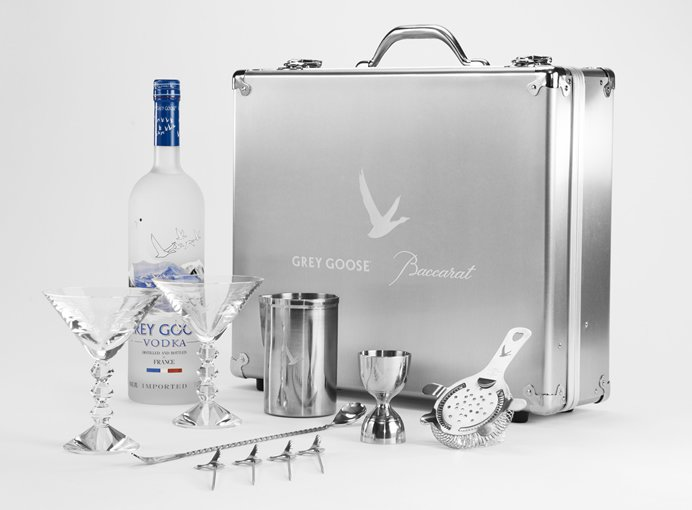 grey-goose-baccarat-limited-edition-martini-kit