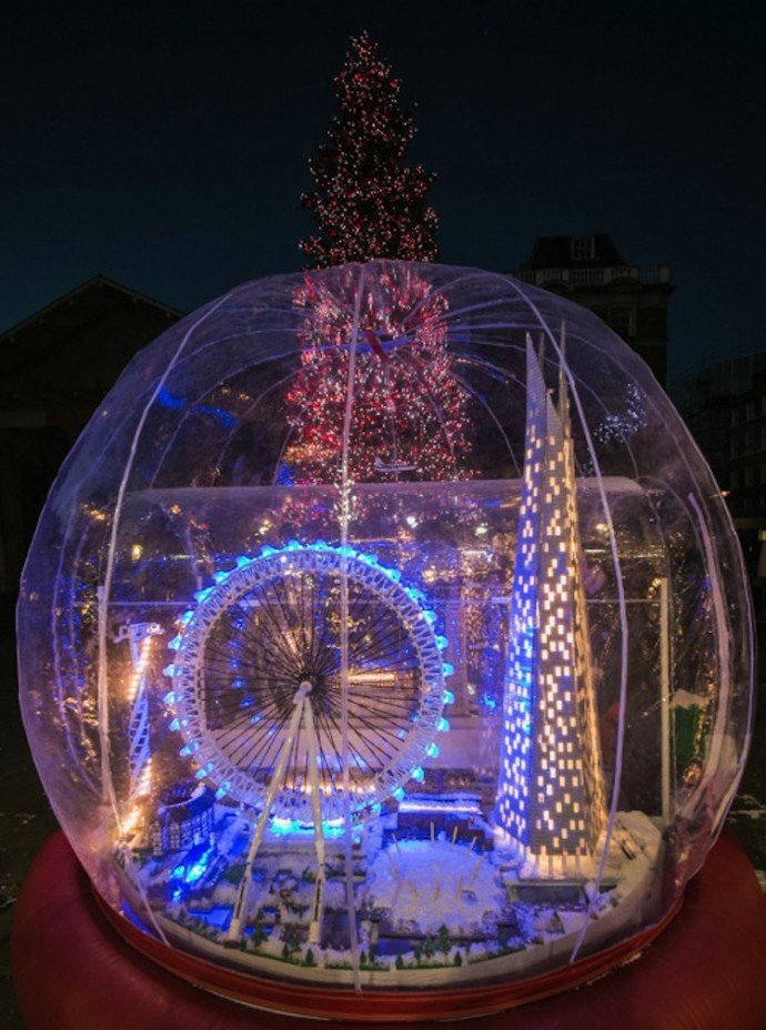 The World S Largest Lego Snow Globe Dazzles London S