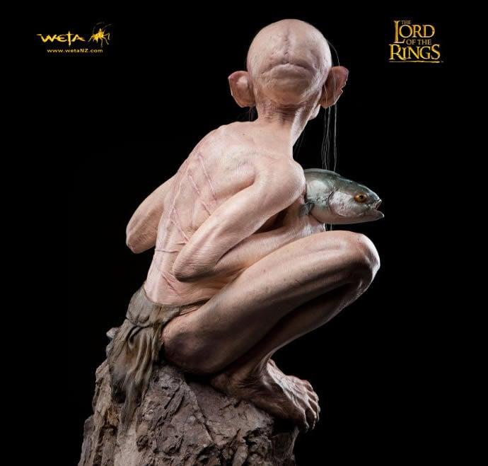 lifesize-gollum-statue-6
