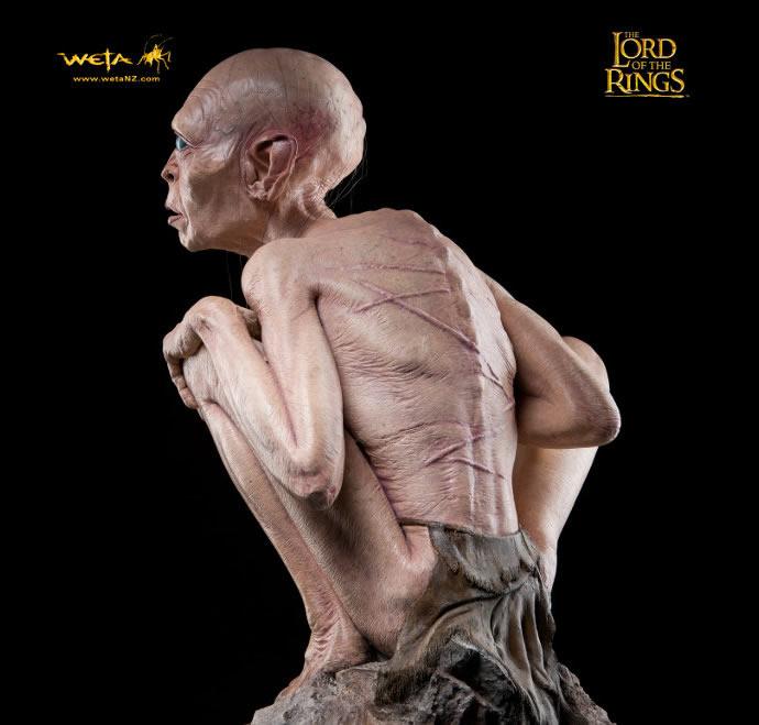 lifesize-gollum-statue-7