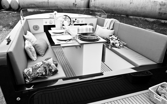 luxury-electric-yacht-4