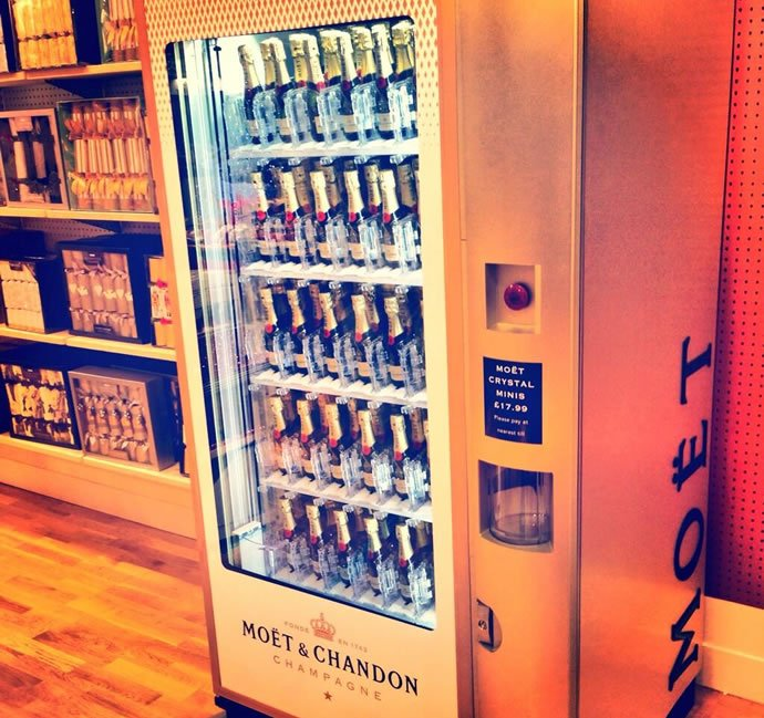moet-chandon-vending-machine-1