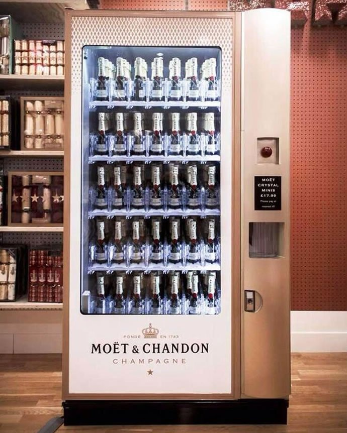 moet-chandon-vending-machine-2