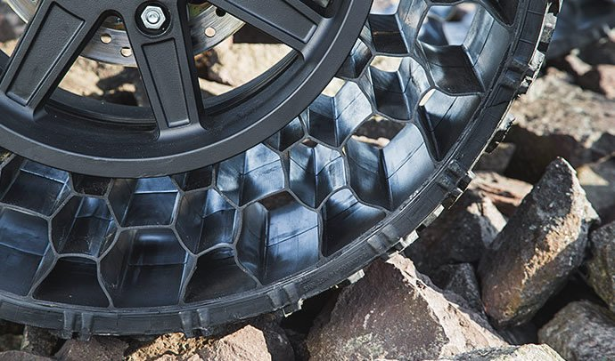 polaris-atv-airless-tires-5