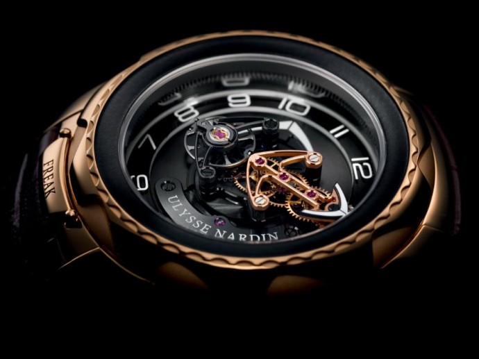 ulysse-nardin-freak-cruiser-2