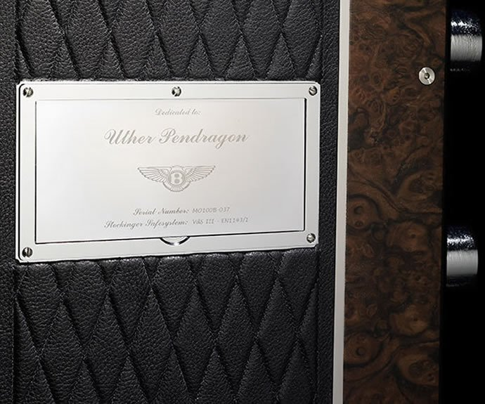 Nameplate_Stockinger-for-Bentley-Edition