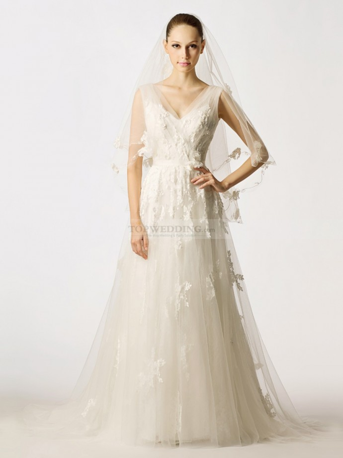 Sleeveless-V-Neck-Flower-and-Beading-Embellished-Tulle-A-Line-Wedding-Dress