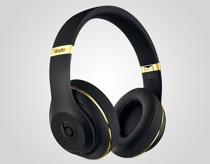 Alexander Wang Teams Up With Beats By Dr Dre For A