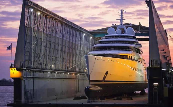 azzam-yacht-3