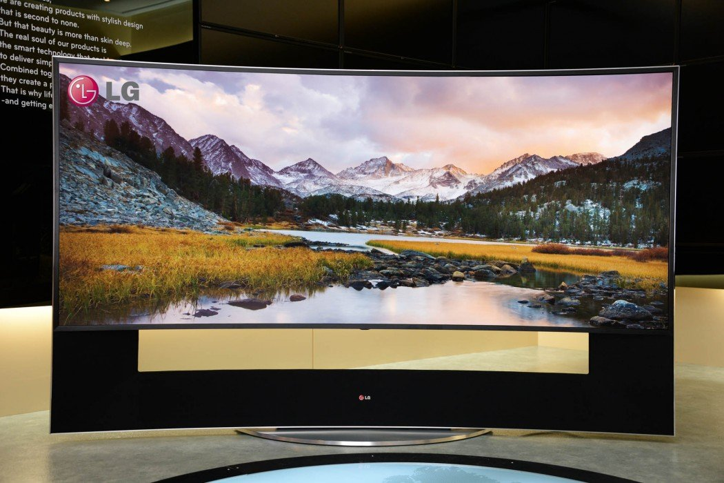 Lg introduces the mother of all televisions with the new 105 inch ultra high definition curved tv - Ultra high def tv prank ...