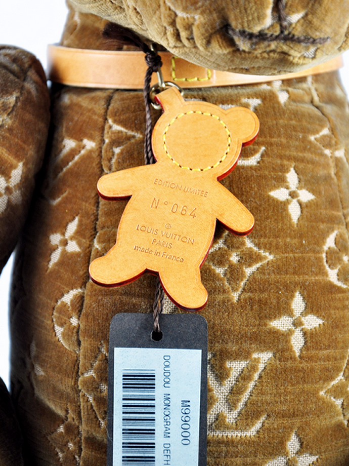 louis-vuitton-monogram-doudou-teddy-bear-4
