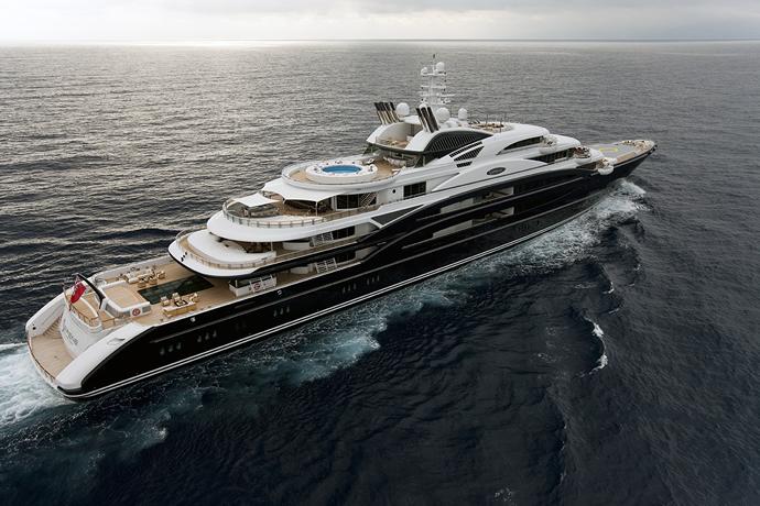 serene-yacht-1