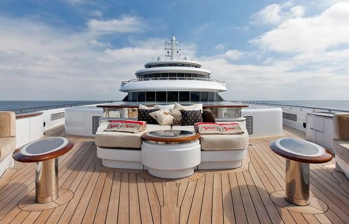 serene-yacht-3