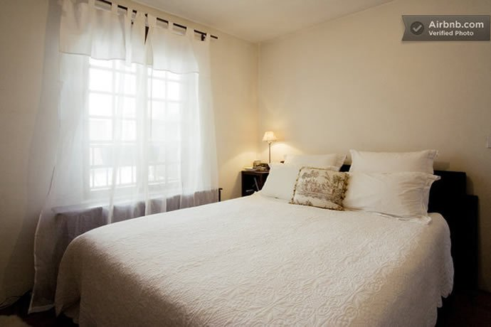 1-bedroom-apartment-rue-saint-louis-en-liie-2