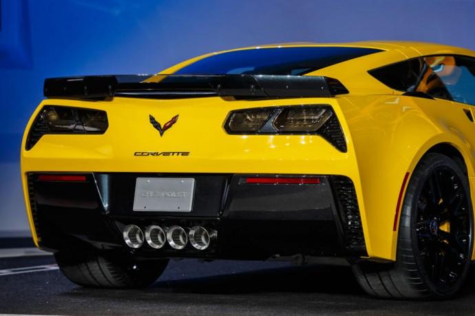 2015-chevrolet-corvette-z06-4