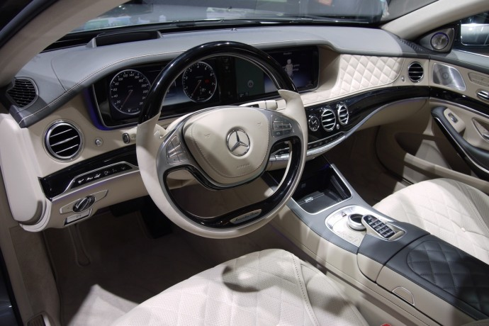 http://luxurylaunches.com/wp-content/uploads/2014/01/2015-mercedes-s600-v12-2-690x460.jpg