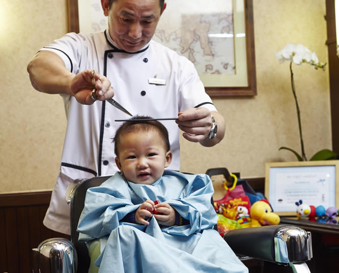 babys-first-haircut-1