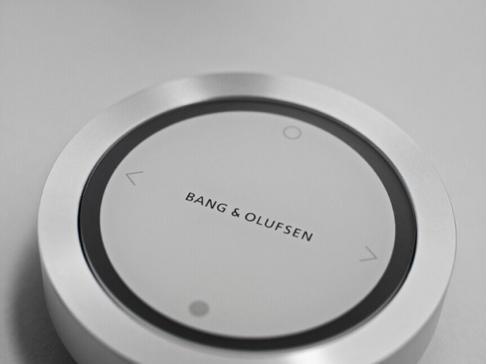 bang-olufsen-beosound-essence-8