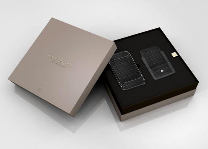 by-atelier-clou-de-paris-gold-studded-iphone-case-3