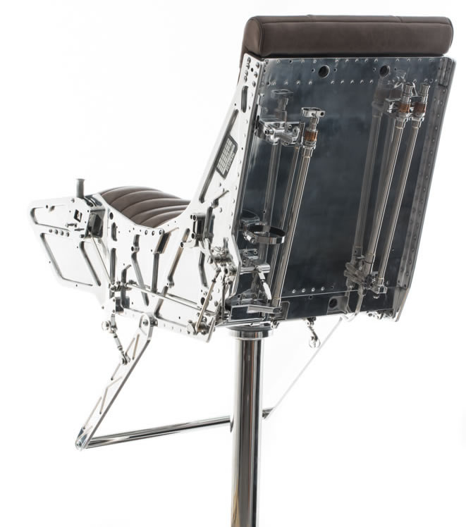 hangar-54-ejector-seat-6