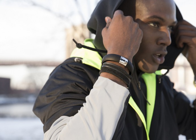 silver-nike-fuelband-5