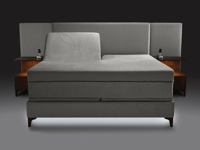 The 8 000 select comfort s x12 bed uses cutting edge for Sleep by number mattress
