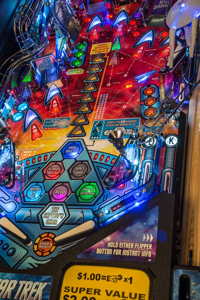stern-star-trek-pinball-machine-2