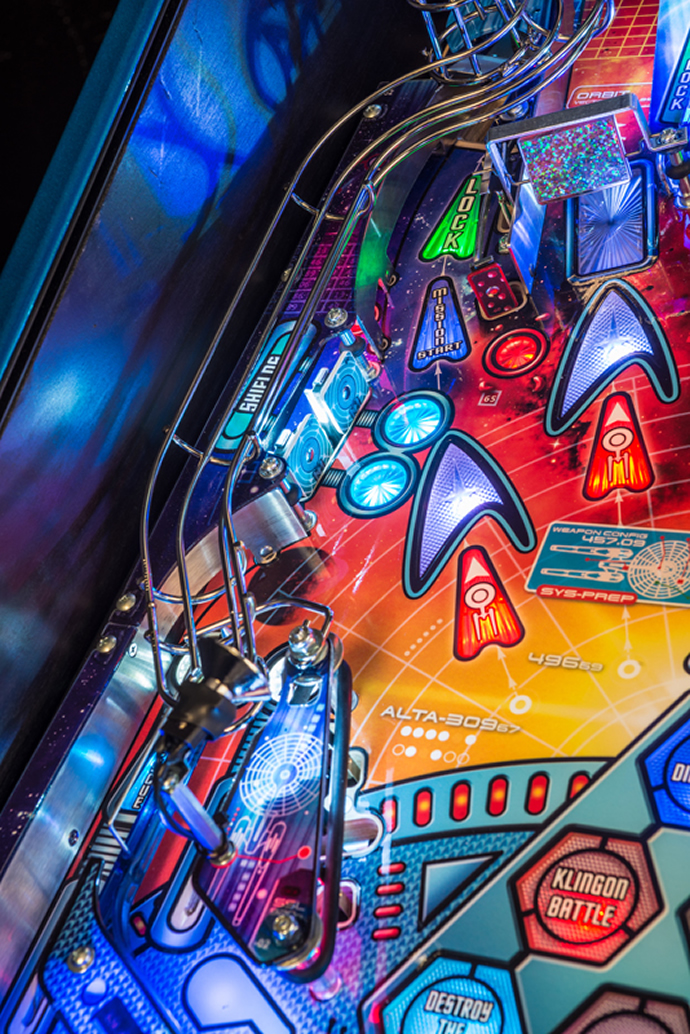 stern-star-trek-pinball-machine-3