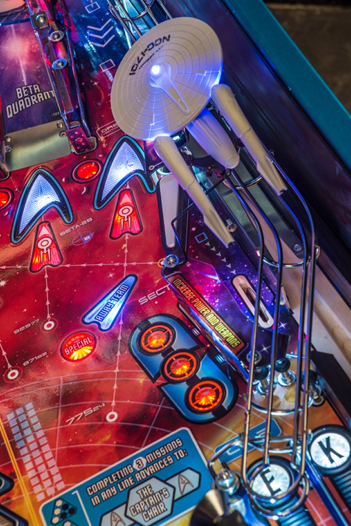 stern-star-trek-pinball-machine-4