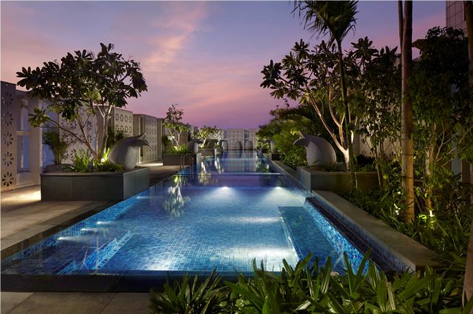 swimming-pool-dusk