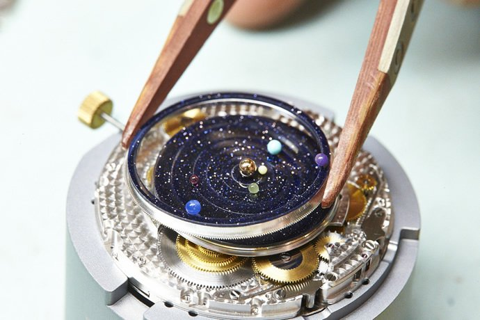 van-cleef-arpel-midnight-planetarium-poetic-complication-5