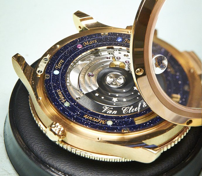 van-cleef-arpel-midnight-planetarium-poetic-complication-6
